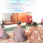 Tim Pengabdian Kepada Masyarakat (PKM) UMI latih Baca Tulis Al-Qur'an imam dusun dan guru mengaji di Jeneponto (Foto: Bambang/zonatimes.com)